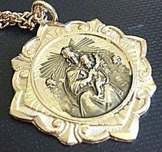 Vintage Jesus Virgin Mary Queen of Heaven Scapular Necklace (Image1)