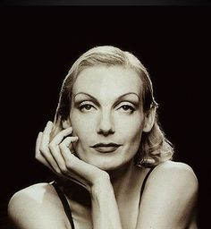 Ute Lemper - singer of immense reach from German bar Room to Opera to Scott Walker compositions. Magnificent.