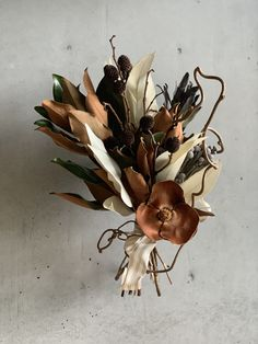 Dried Flower Arrangements, Dried Flowers, Paper Flowers, Floral Bouquets, Wedding Bouquets, Italian Wedding Themes, Floral Wedding, Wedding Flowers, Hand Bouquet