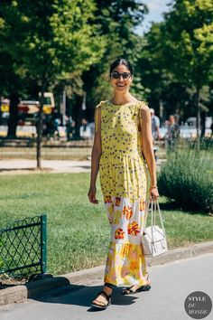 Haute Couture Fall 2019 Street Style: Caroline Issa Archives Select Month September 2019 August 2019 July 2019 June 2019 May 2019 April 2019 March 2019 February 2019 January 2019 Dece Street Look, Street Chic, New Street Style, Street Fashion, Caroline Issa, New York, Trends, Moda Fashion, Models