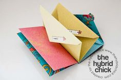 DIY paper clutch for cash envelopes - I love the idea, but I don't think I'm disciplined enough to use it.