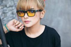 Hi guys!  Kacamata kolaborasi Druman Optic X Audrey cuma limited time loh!! Ayuk cepetan order di @ffgamingstore sebelum habis!!! Mongo Mongo!!! . Model: Limited Edition @ff.audrey . Order: @ffgamingstore