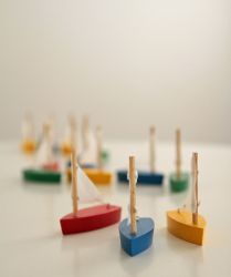 Little Wooden Sail Boat - lovely stocking fillers at Niddle Noddle