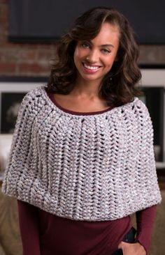 Honeycomb Knit Poncho Pattern | An easy poncho knitting pattern sure to turn heads.