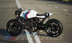 BMW Rear Fairing with Seat – Twisted Brothers K100 Bmw, R80, Cafe Racer Seat, Cafe Racer Bikes, Cafe Racing, Auto Racing, White Motorcycle, American Graffiti, Cb750