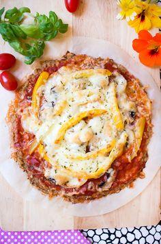 LowCarb Pizza mit Thunfischboden / Thunfischpizza – Low Carb Köstlichkeiten