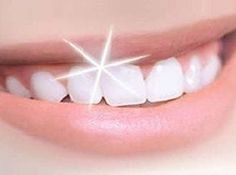 Video shows 3 best ways to remove teeth plaque or tartar at home without visiting a dentist for your dental cleaning. Remedies For Strong and White Teeth: ht. Whitening Skin Care, Teeth Whitening Remedies, Natural Teeth Whitening, Zoom Whitening, Implants Dentaires, Dental Implants, Implant Dentistry, Dental Health, Dental Care