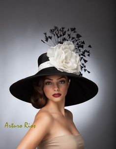 Black and WhiteKentucky derby hat,Couture hat, Derby hat, Lampshade hat, Del Mar hats. by ArturoRios on Etsy https://www.etsy.com/listing/182828300/black-and-whitekentucky-derby-hatcouture