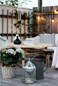 Photo Anna-Malin - Handmade Home: Creating My Dream Patio Outdoor Rooms, Outdoor Gardens, Outdoor Living, Outdoor Decor, Outdoor Seating, Indoor Outdoor, Outdoor Lantern, Outdoor Furniture, Outdoor Lounge