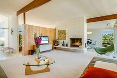 DeLeeuw mid-century Residence - living