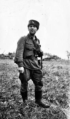 1942, Russie, Le photographe de guerre russe Jacob Davidzon