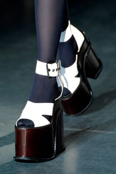Andreas Kronthaler for Vivienne Westwood Fall 2012 Ready-to-Wear Collection - Vogue Pretty Shoes, Cute Shoes, Me Too Shoes, Shoe Boots, Shoes Heels, Funky Shoes, Aesthetic Shoes, Dream Shoes, Looks Style