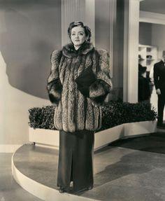 Bette Davis in Orry-Kelly