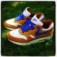 Lunch In The Park #Sneakers