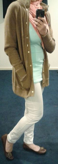 Fashion & Style Fusion blog, #ootd #hootd #modest #outfit #fashion #style #scarf #cardigan #peach #mint #white #whitepants #brown #flats #casual #workoutfit #workclothes #work #lightcolors