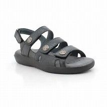 db569694fbbd 9 Best Walking Sandals For Women images