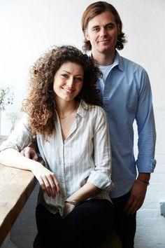 """HOME & GARDEN: Chez les propriétaires du café """"Maman"""" à New York"""