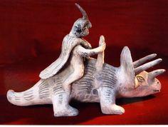 Las enigmáticas figuras de Acambaro. Hombre con dinosaurios coexistiendo?