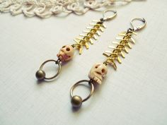Spina Mori - vintage boho skull tribal steampunk earrings by hinageshii