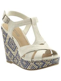 kenneth cole reaction cream and navy wedges