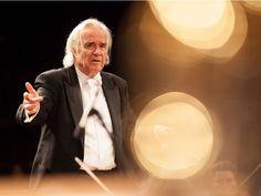 A ONG promove, no dia 21 de janeiro, a partir das 21h, o 1º concerto especial que marca o reencontro do maestro João Carlos Martins e o pianista Arthur Moreira Lima. Os artistas se reúnem no MASP em um concerto beneficente.