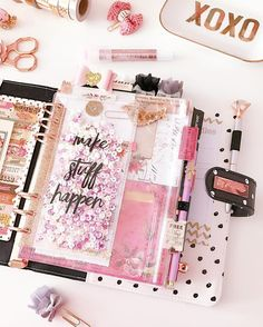 a little planning + a lot of sparkle Watch videos on all the spreads, planners, and stickers I post!⬇️