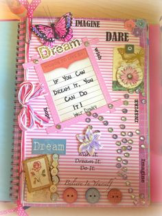 Art Journal Inspiration Smash Book Mini Albums Ideas For 2019 Smash Book Inspiration, Art Journal Inspiration, Journal Ideas, Smash Book Pages, Art Projects For Teens, Glue Book, Altered Books, Journal Pages, Mini Albums