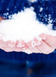"""I want to play with snow during with my family during my perfect morning! """"One of the very best reasons for having children is to be reminded of the incomparable joys of a snow day."""" - Susan Orlean"""