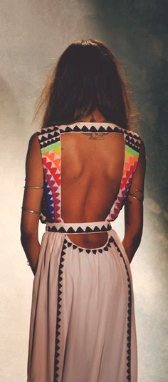 street style / summer backless gown