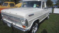 1969 Ford with 302 1969 Ford F100, 1952 Ford Truck, Ford 4x4, Ford Bronco, Old Ford Pickup Truck, Old Ford Pickups, Small Trucks, Old Trucks, Classic Hot Rod