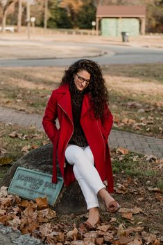 The Tailored Olive- Red winter jacket-Micheal Kors Fashion Photo, White Jeans, What To Wear, Personal Style, Winter Fashion, Winter Jackets, Blazer, Lifestyle, My Style