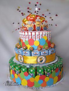 Disney Cars Birthday, Diy Birthday, Candy Birthday Cakes, Food Bouquet, Cake Tower, Sleepover Food, Chocolate Hampers, Beautiful Birthday Cakes, Paper Cake