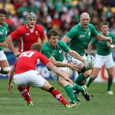 Brian O'Driscoll playing for Ireland.