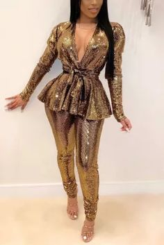 Gold Two Piece, Blue Fashion, Fashion Outfits, Style Fashion, Abaya Fashion, Sequin Dress, Bodycon Dress, Gold Outfit, Office Ladies