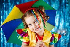 E hoje o Carnaval Pernambucano se mostra presente com a Paola e as cores do frevo! Que essa semana seja tão alegre quanto este ritmo superbrasileiro.  Obrigado @sacampanelli e @alexandrecampanelli pela confiança de sempre!  #leandromarinofotografia #registrandomomentos #capturandoemocoes #instadaily #bestoftheday #picoftheday #photooftheday #fotododia #colors #estudio #ensaio #ensaiorj #sessaofotografica #sessaofotos #sessaofotosrj #sessaofotograficarj #carnaval #carnaval2017 #carnival…