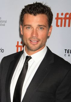 Tom Welling is back, and even more beautiful than before. How is that possible?
