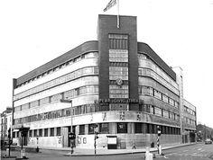 Poplar Civic, Poplar Town Hall, corner of Fairfield Road, Bow, 1965 East End London, Old London, North London, Tower Hamlets, Irish Catholic, Bethnal Green, London Architecture, Police Box, Town Hall