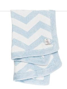 Baby will LOVE snuggling with our feathery soft Dolce™ Chevron Blanket. The graphic pattern knit into this blanket makes it the perfect addition to any modern nursery. Homemade Baby Gifts, Diy Baby Gifts, Unique Baby Gifts, Personalized Baby Gifts, Newborn Baby Gifts, Chevron Baby Blankets, Chevron Blanket, Blue Blanket, Baby Boy Or Girl