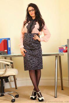 Office Girls   GLAMOUR PHOTOS   Pinterest   Girls, Longest ... - photo#3