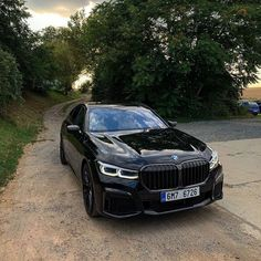 Best photo filled with of new concept cars, best selling on and more . Bmw 760li, Bmw Cars, Bmw 7 Series, Jeep Pickup, Super Sport Cars, Jeep Gladiator, Chevrolet Silverado 1500, Car Car, Concept Cars