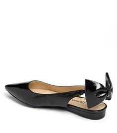 Patent bow pointy toe flat.