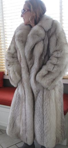 FABULOUS FULL LENGHT Joseph ZACCARIA BLUE SILVER FOX FUR COAT JACKET S VINTAGE | Clothing, Shoes & Accessories, Women's Clothing, Coats & Jackets | eBay!