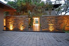 idea for wall by driveway