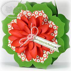 My little craft blog: Floral Framelit Cards & Floral Bag Tutorial