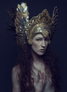 Icarii headdress (Daniel Jung was featured in ISSUE and Miss G Designs was featured recently in ISSUE Available on MagCloud. Photographer: Daniel Jung Headdress: Miss G Designs Model/Hair/Makeup: Sabrina Rucker) Princess Photography, Dress Dior, Foto Portrait, Mode Editorials, Fantasy Costumes, Fairy Costumes, Diy Schmuck, Models, Headgear