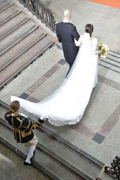 Reines & Princesses: Mariage du prince Carl Philip & Sofia Hellqvist - Cérémonie à la chapelle du palais royal