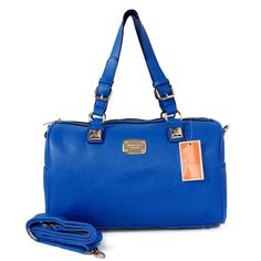 Great Michael Kors bags you have there. Anyway* Id like to share the most fashionable collections in this Michael Kors Outlet! Michael Kors Purses Outlet, Cheap Michael Kors Bags, Michael Kors Tote Bags, Michael Kors Selma, Michael Kors Shoulder Bag, Mk Bags, Mk Handbags, Handbags On Sale, Guess Handbags