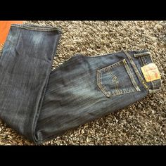 Lucky Brand Blue Jeans Boot cut, soft, stretchy through thigh. The best jeans. I'd buy these over and over (in a bigger size now :) Excellent condition. Lucky Brand Jeans Boyfriend