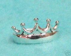 Beautiful Zeta Tau Alpha ZTA STERLING SILVER 5 Point Crown Ring - perfect jewelry piece - Big, Little Sis, Alumnae, New Members