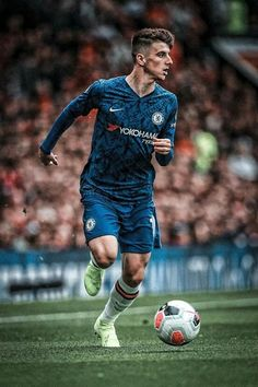 Mason Mount Best Football Players, Soccer Players, Football Team, College Football, Chelsea Wallpapers, Chelsea Fc Wallpaper, Chelsea Soccer, Fc Chelsea, Chelsea Fc Players